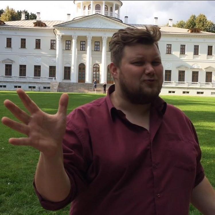 Однажды Антон решил: так больше нельзя. И отправился на кастинг шоу про похудение. Фото: соцсети, личная страница героя публикации.