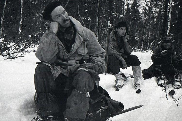 Семен Золотарев (слева) - самый загадочный участник группы Дятлова