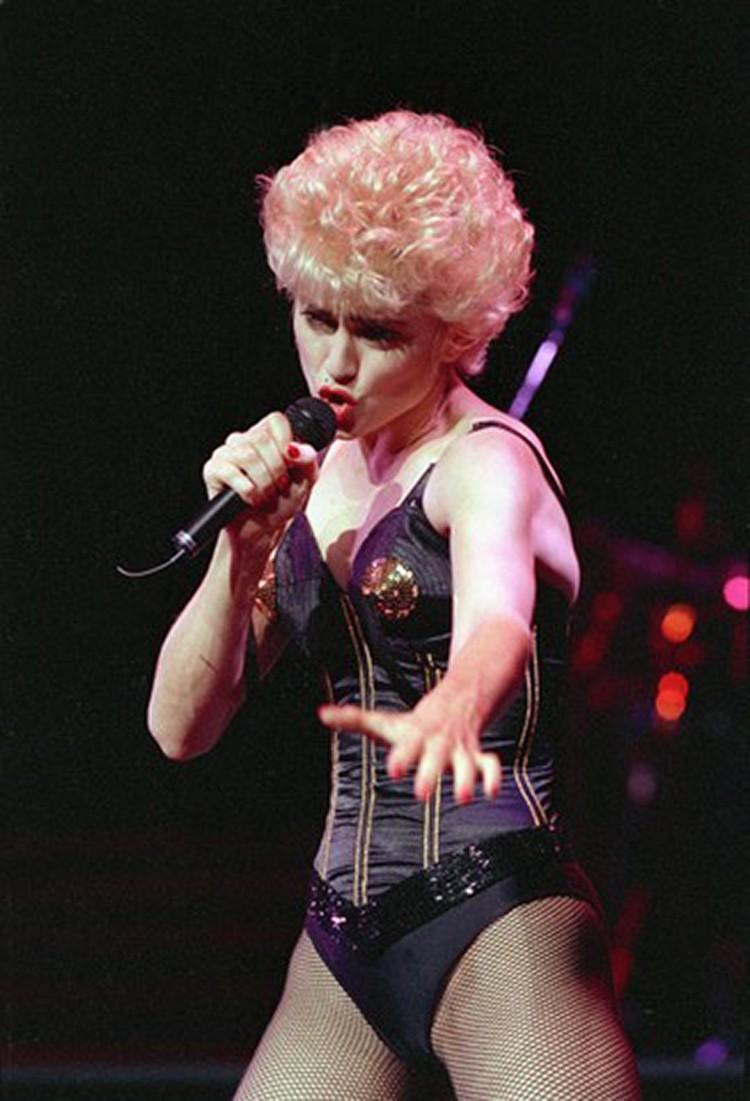 Мадонна всегда жила с двумя женскими образами в душе - девственницы и блудницы