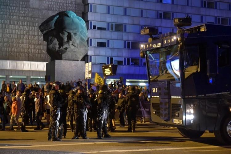Беспорядки начались во время демонстрации из-за убийства 35-летнего немца