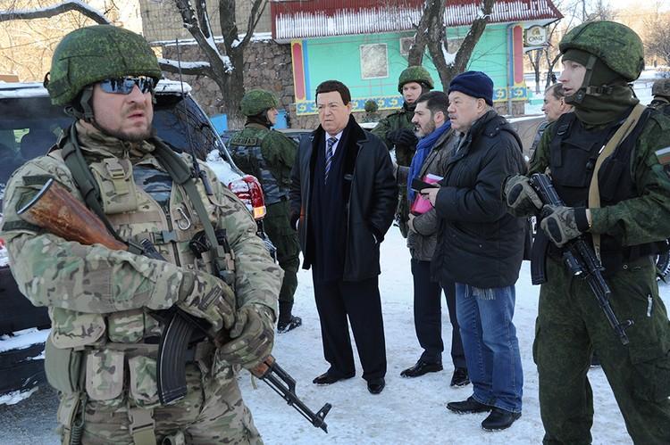 Кобзон ездил в борющийся Донбасс, он давал по два концерта в день – в Донецке и Луганске