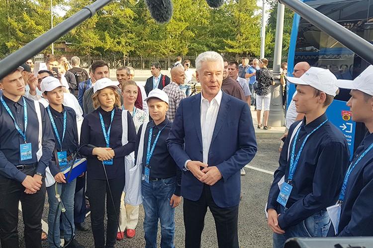 На запуск приехал и мэр Москвы Сергей Собянин.