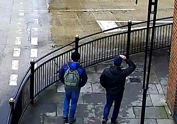 Двух россиян обвинили в попытке убийства Скрипалей