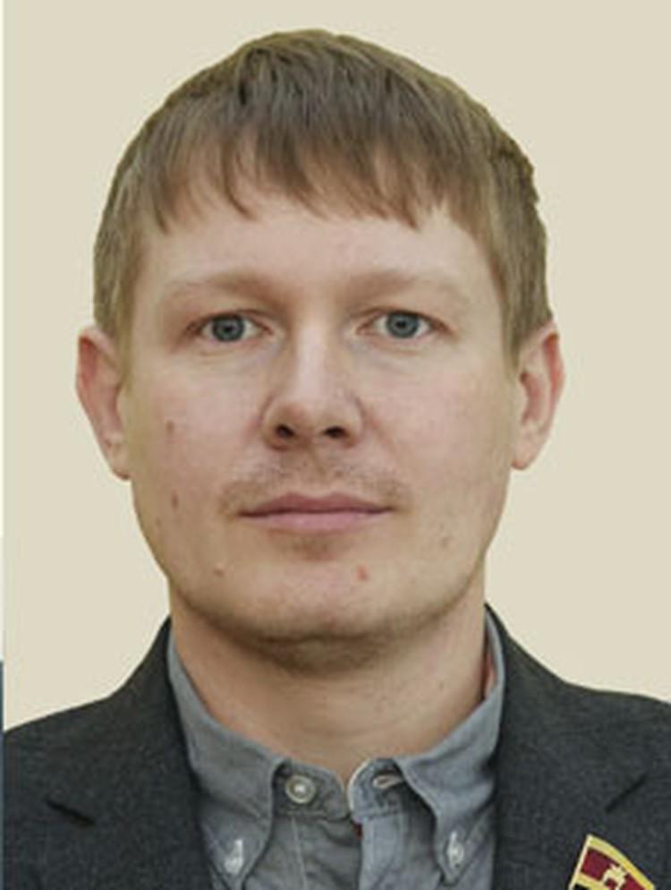 Александр Жуков решил поддержать учреждения образования
