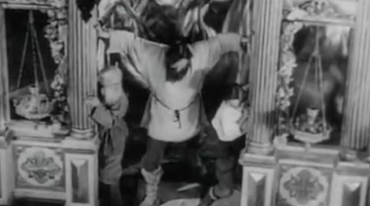 """Ровно через месяц Политбюро ЦК специальным постановлением запретило постановку «Бежина луга». ФОТО - кадры из кинофильма """"Бежин луг"""""""