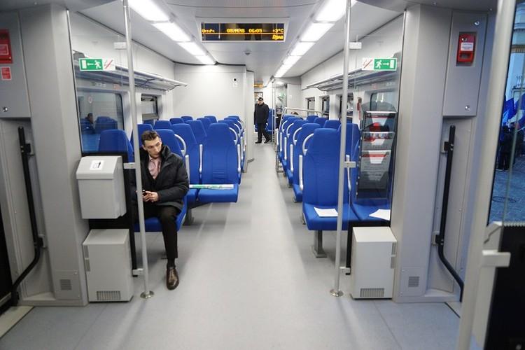 В скоростных поездах комфортные салоны