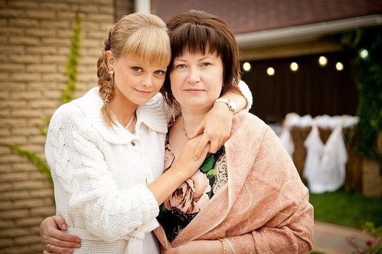 Жена и дочь Вячеслава Цеповяза больше не носят его фамилию. Фото: соцсети