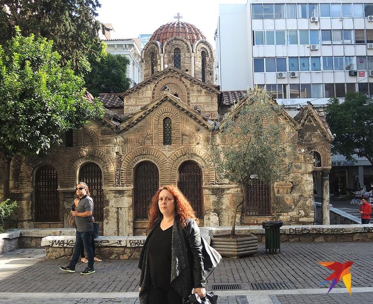 Церковь в центре Афин.
