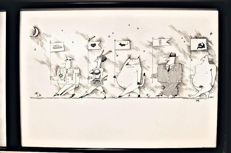 А это работы художника Макаревича. Сколько их у него всего, Андрей Вадимович не помнит. Но мы-то с Антоном Черниным, его соратником и пресс-секретарем, подсчитали - несколько тысяч!