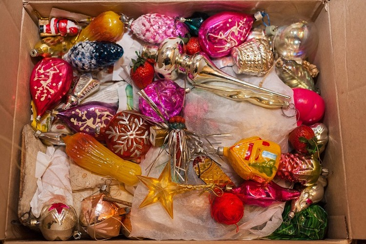 Те самые, которыми наши бабушки и дедушки наряжали елку к Новому году