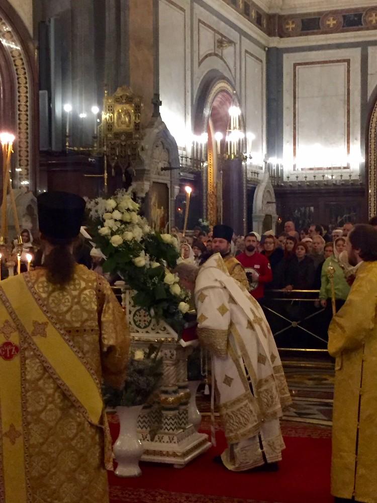 Предстоятель РПЦ совершил новогодний молебен в храме Христа Спасителя.