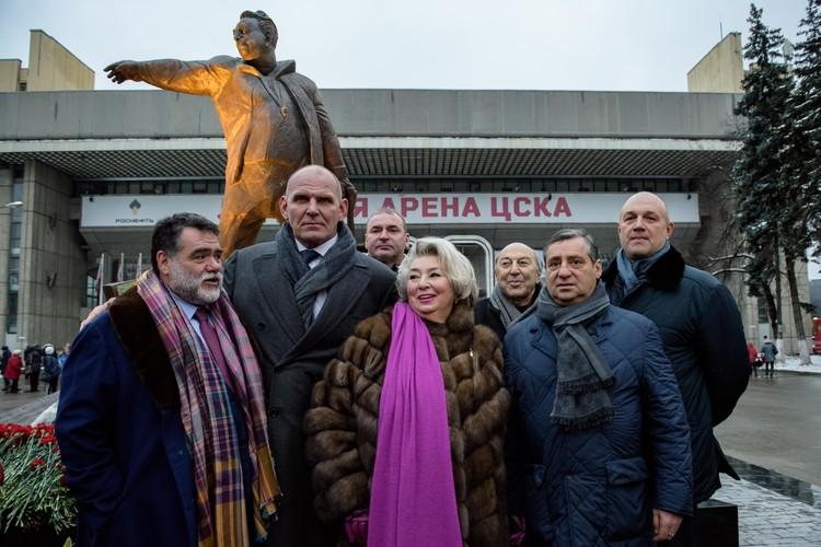 Татьяна Тарасова, дочь великого хоккеиста, вынашивала идею памятника 15 лет.