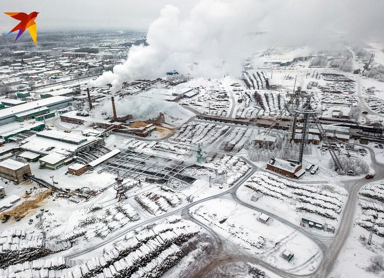 Крупный завод в Лесосибирске