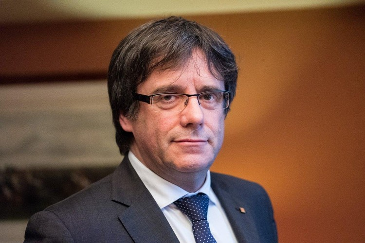 Лидер каталонских сепаратистов Карлес Пучдемон.