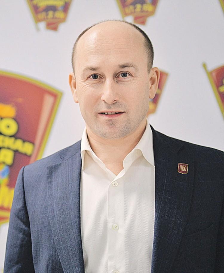 Николай Стариков.