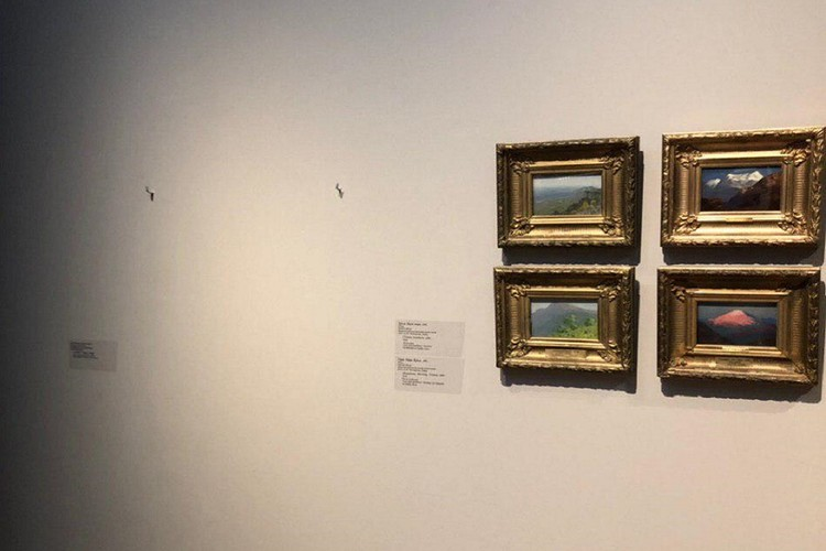 Ни сотрудники, ни посетители галереи не заподозрили, что произошла кража
