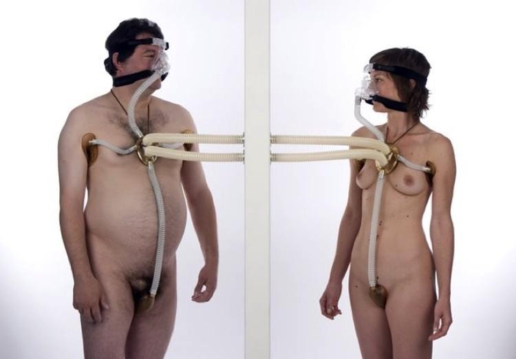 Человеческое тело - это, как теперь выяснилось, один большой нос - второй, дополняющий тот, который на голове.