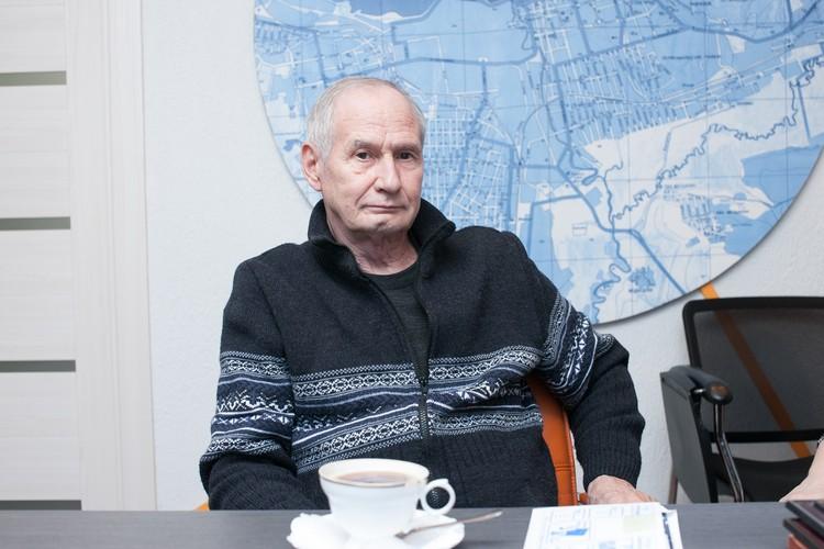 Уже находясь в Ижевске, американец без труда отбился от двух воришек, которые хотели стащить у него деньги. Фото: Сергей Грачев