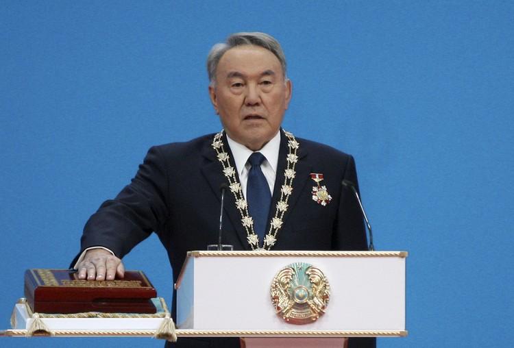 Назарбаев правил Казахстаном почти тридцать лет.