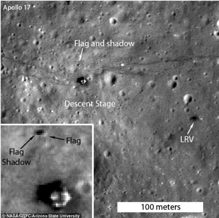 Флаг на месте посадки Аполлона-17 пока не упал.