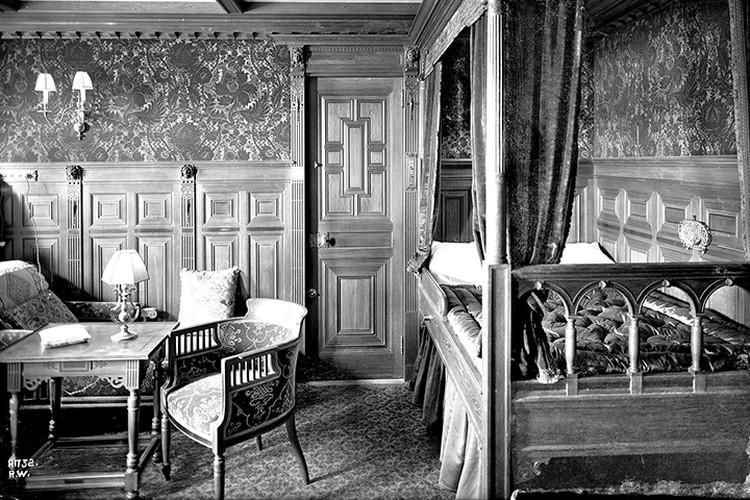 За роскошь «Титаник» называли «плавучим городом», а его каюты сравнивали с номерами первоклассных гостиниц.