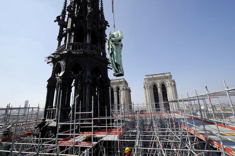 Случайное возгорание во время реставрационных работ — основная версия случившегося