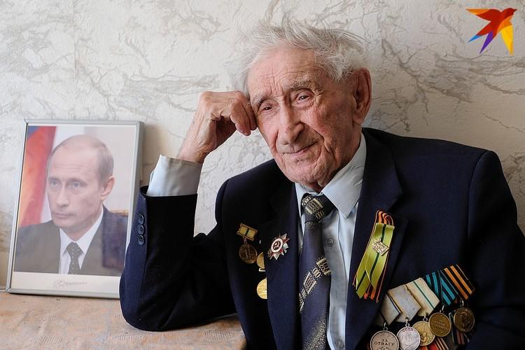 Владимир Спиридонович Путин защищал Ленинград на Невском пятачке