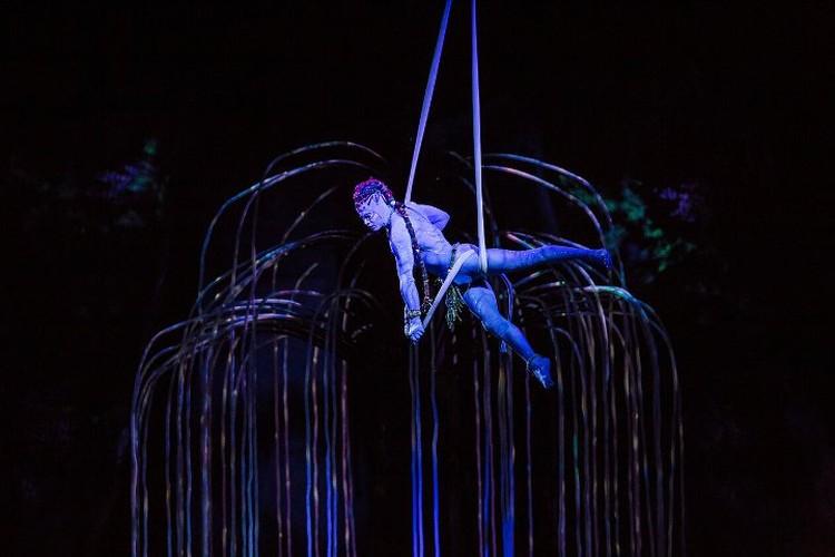Чтобы привезти все декорации для шоу, потребовалось 34 фургона. Фото: Пресс-служба Cirque du Soleil