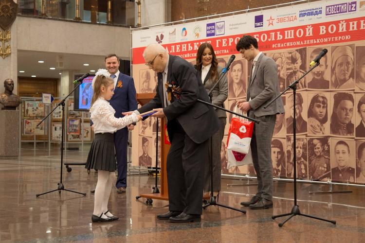 Всего на конкурс пришло более 5 тысяч работ Фото: пресс-служба Фонда «Спешите делать добро!»
