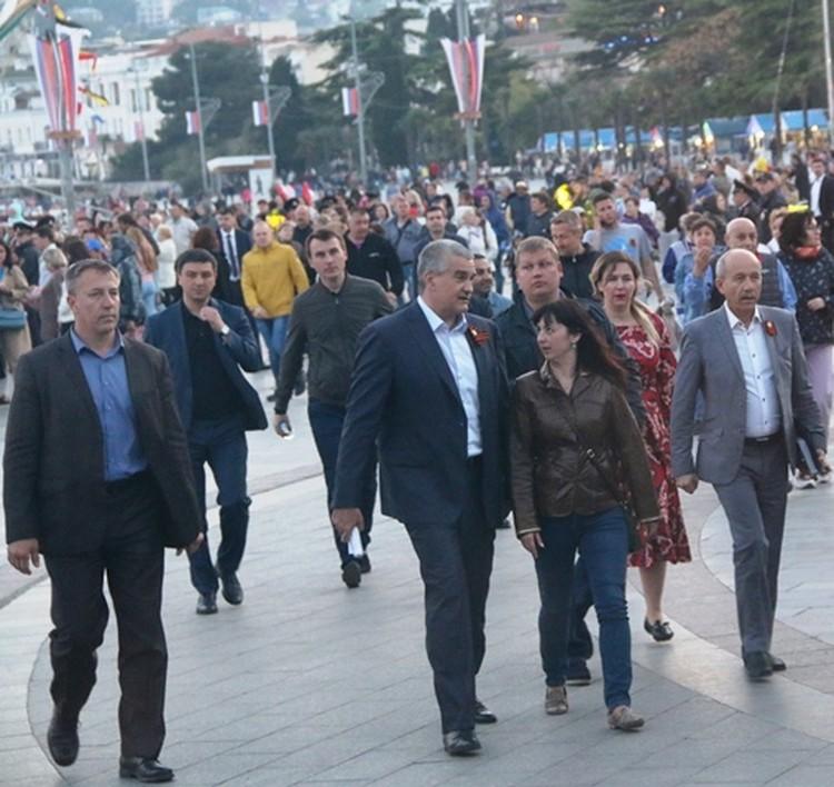 Аксенов приветствовал всех участников в Ялте.