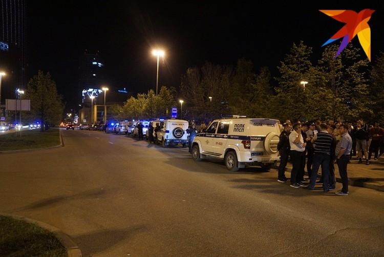Полиция отогнала протестующих с проезжей части