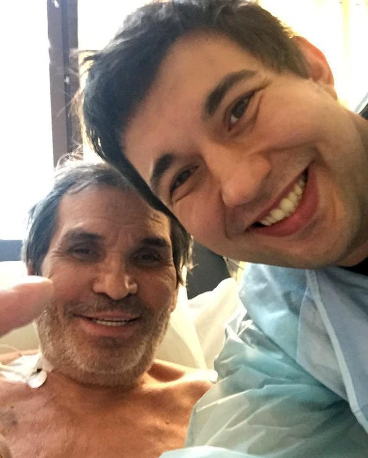 Бари Алибасов, находящийся в НИИ имени Склифосовского, наконец-то вышел из состояния медикаментозного сна
