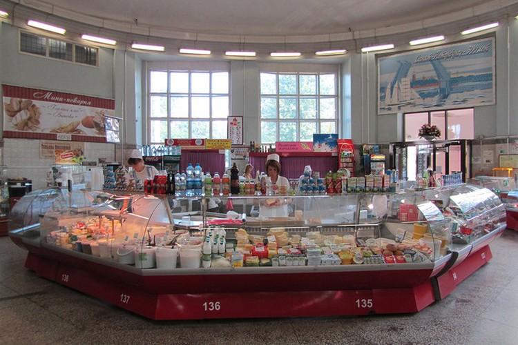 Так Василеостровский рынок выглядел до реконструкции. Фото: cityguide-spb.ru