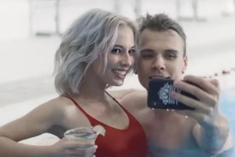 Кадр из нового клипа «На-На» «Считаю медленно до 100».