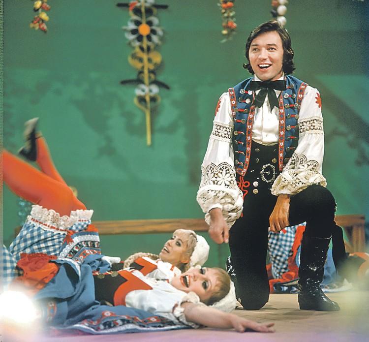 В начале 70-х Карел был кумиром всей Европы - и множество женщин падало к его ногам.