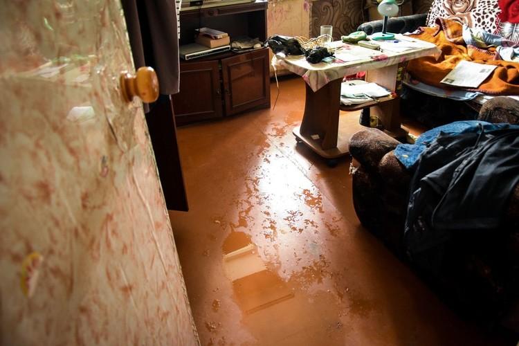 Так выглядят почти все квартиры в затопленном доме.