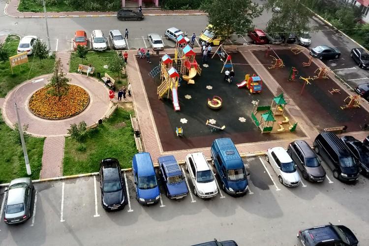 Убийство произошло на этой детской площадке в Раменском.