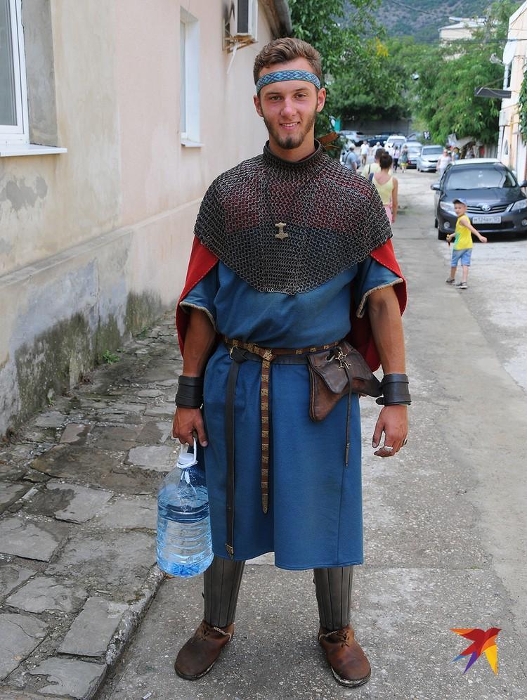 Даже рыцари хотят пить!