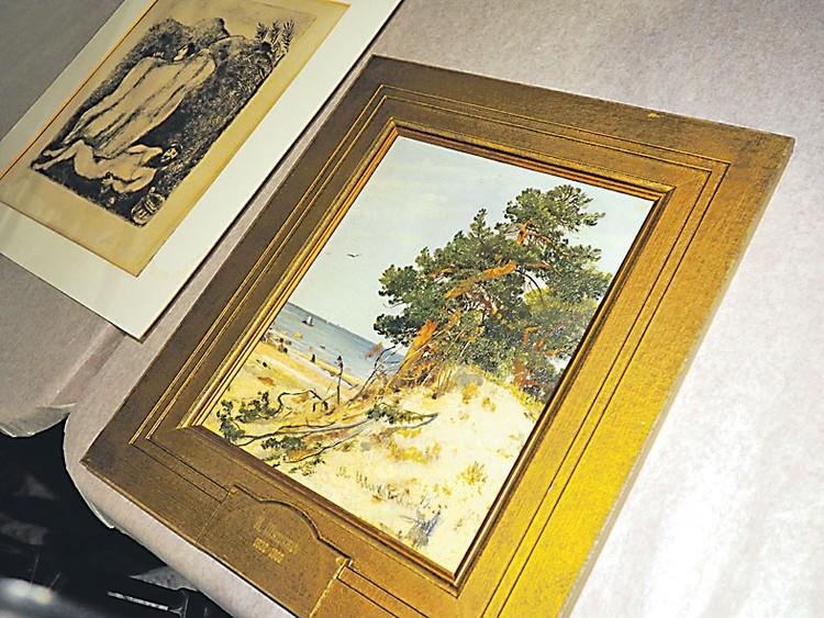 Рисунок Шагала и пейзаж Шишкина - настоящая редкость.
