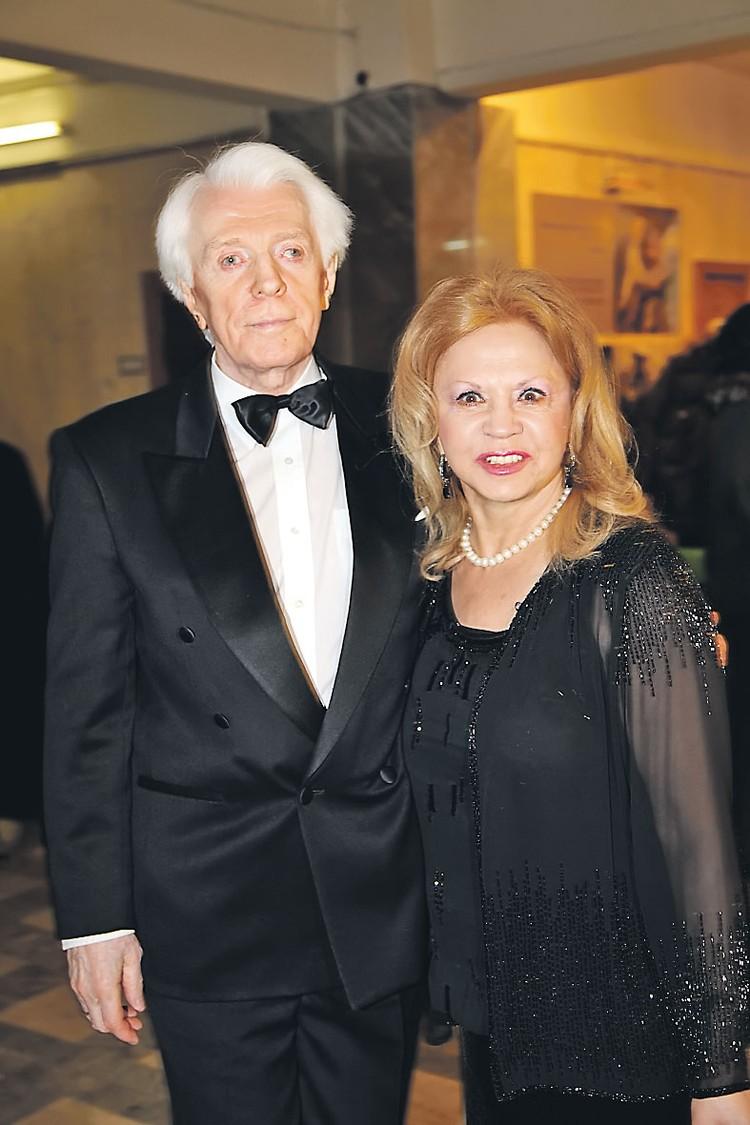 Олег Стриженов был женат трижды, но счастье нашел только с последней женой - Лионеллой Пырьевой.