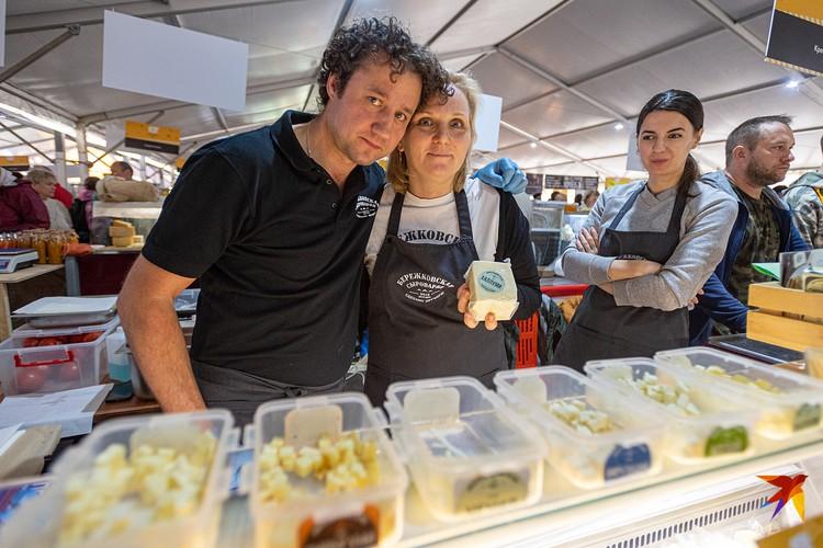Сестра и брат Елена и Максим оставили конькобежный спорт после «Сочи-2014» и ушли в сыровары