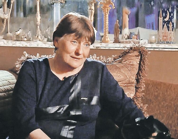 На Елене писатель женился дважды - она стала его второй и четвертой женой. Фото: НТВ