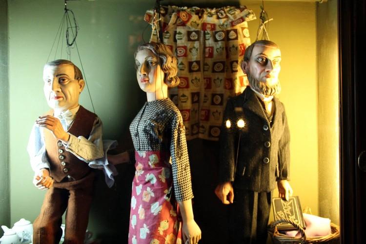 Главная изюминка ресторана - уникальная коллекция кукол.