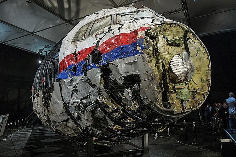 Авиакатастрофа малайзийского «Боинга» над Донбассом произошла 17 июля 2014 года