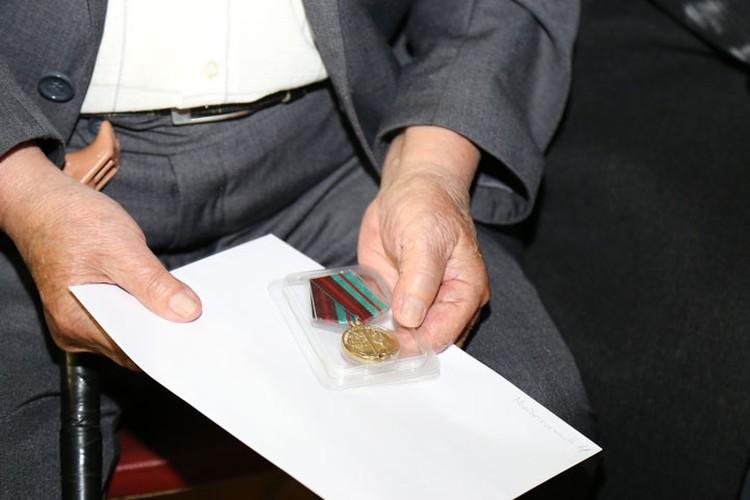 Указ об учреждении юбилейной медали белорусский лидер подписал в апреле этого года.