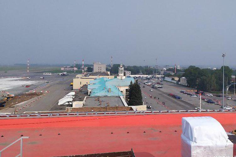 Вид с крыши нового терминала. Фото: пресс-служба аэропорта