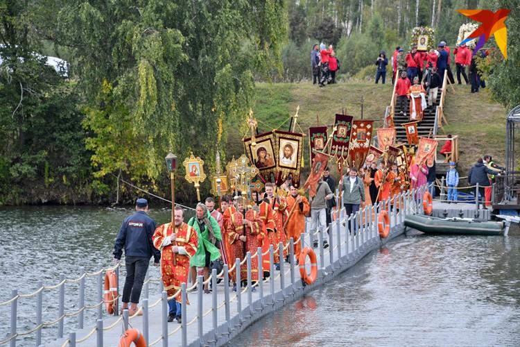 Ход проходил через реки. Больше фото - в фоторепортаже kp.ru