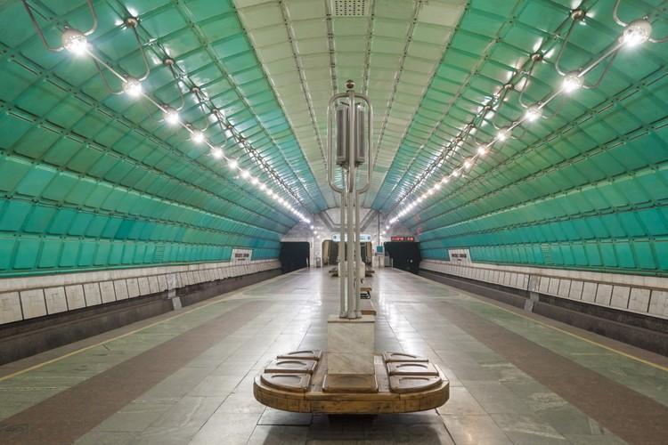 Станция «Проспект Свободы» в Днепропетровске. Открыта в 1995 году. Фото: Christopher Herwig/FUEL