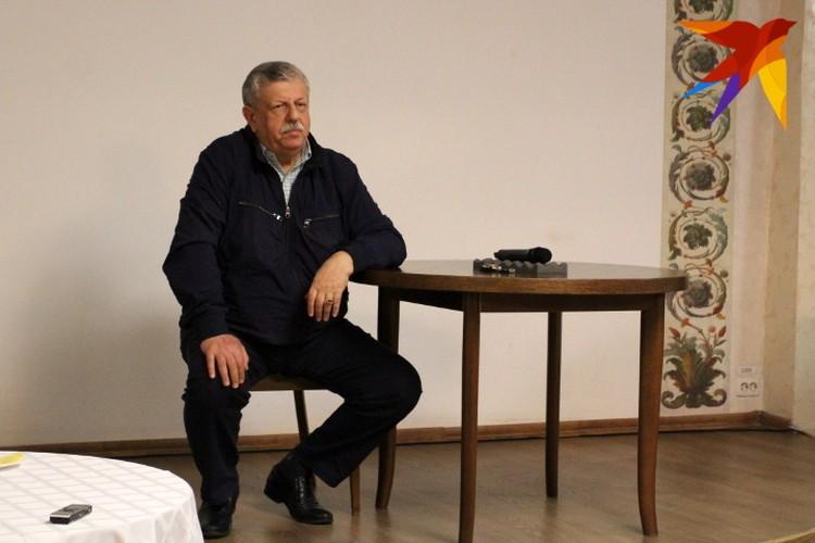 Сначала Михаил Борисов сидел