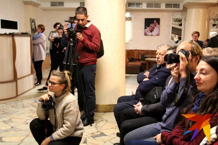 Сам же Михаил Борисов наблюдал за результами из зала